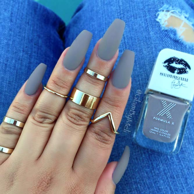 Gorgeous Grey Coffin Nails and No One Can Stop Looking at You picture 3