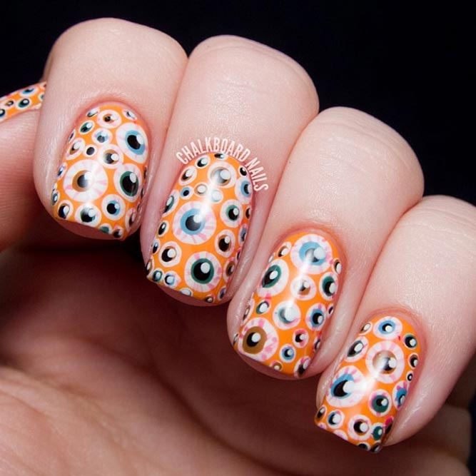 Simple Eye Design for Your Halloween Nails picture 3