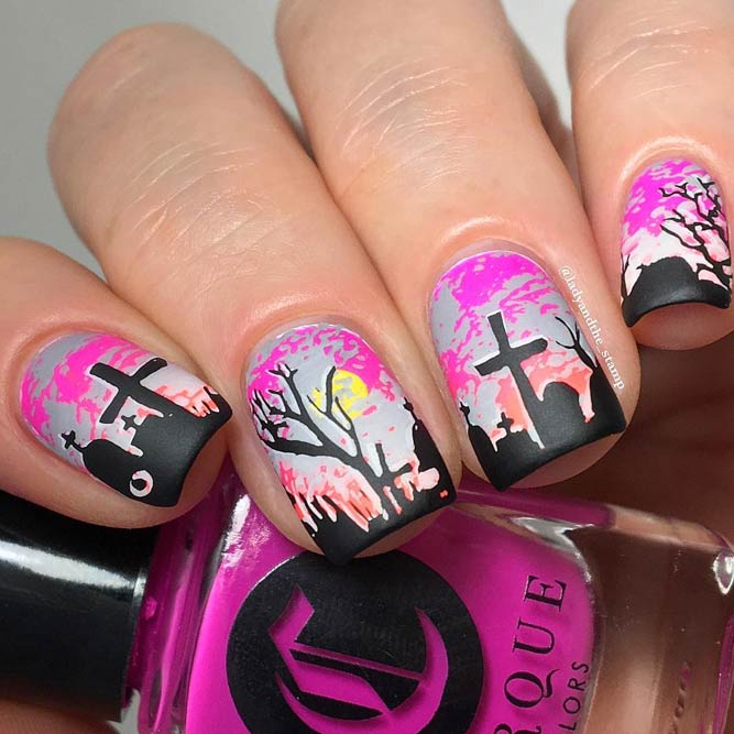 Creative Halloween Nails Ideas picture 2