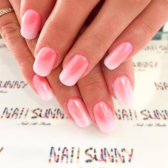 Pearl Ombre Nails Will Make You Look Chic picture 1