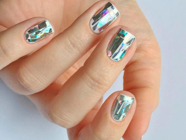 Ideas How to Design Nails to Finish Your Luxury Homecoming Look