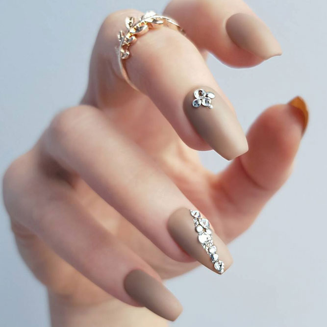 27 Matte Nails Designs To Meet This Fall | NailDesignsJournal.com