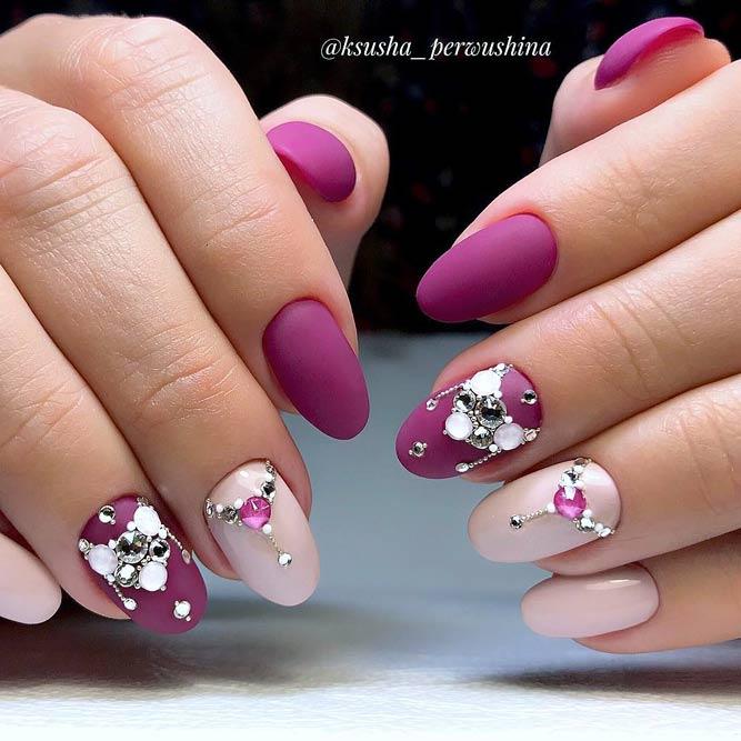 Chic Fuchsia Nails With Swarovski Crystals #fuchsianails #rhinestonesnails #pinknails #swarovskicrystals