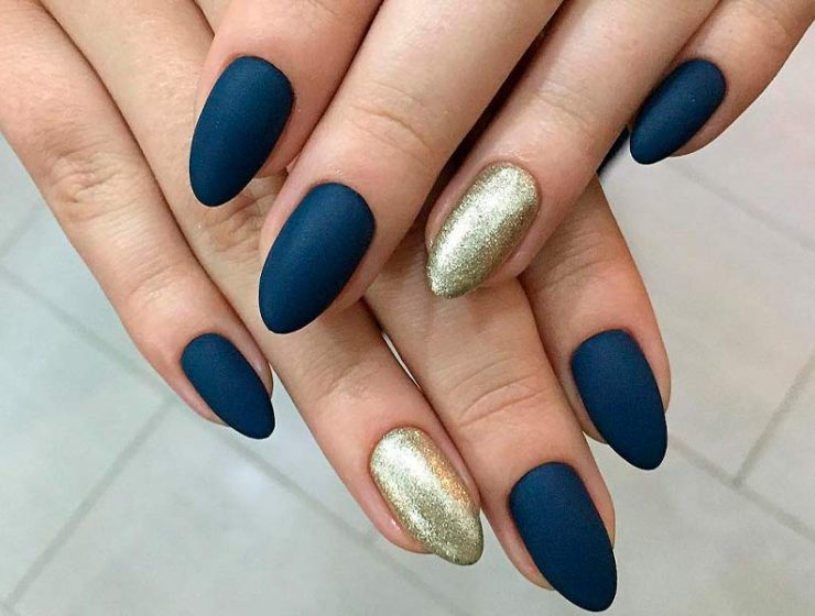 Matte Nails in Trendy Colors of this Fall