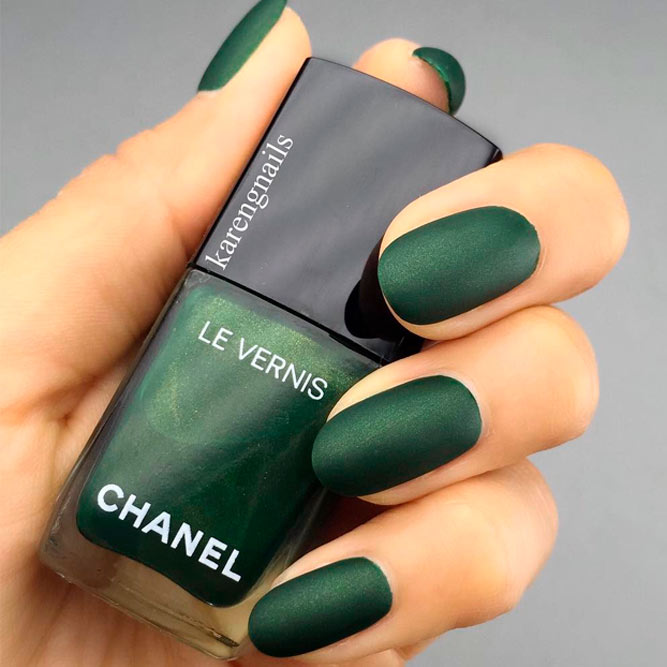 Emerald Green Adds A Dose Of Elegance To Your Look picture 2
