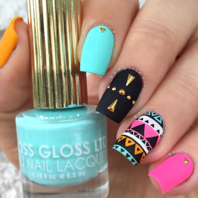 Neon Matte Nails With Tribal Pattern For A Free Spirits #neonnails #tribalnails #summernails