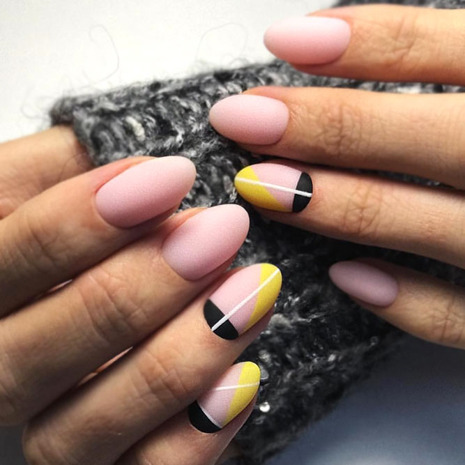 Neutral Nails With Bright Geometry