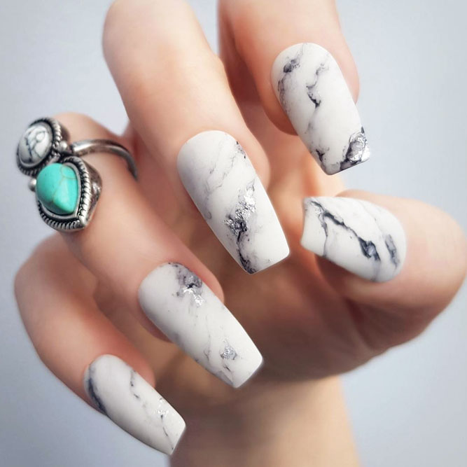 Impressive White Marble Coffin Nails To Copy #whitenails #marblenails #whitemarble