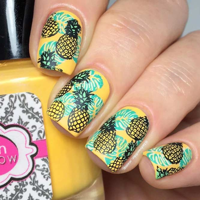 Fun Yellow Pineapples For Summer Manicure #yellownails #pineapplenails #tropicnails #summernails