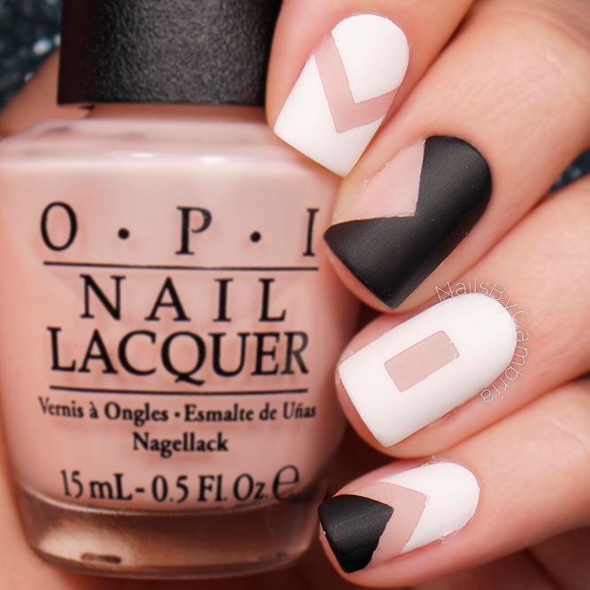 Graphic Nails Are Always Stylish picture 2