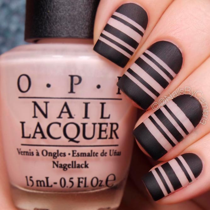Graphic Nails Are Always Stylish picture 1