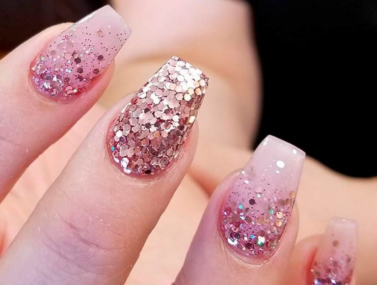 Awesome Pink and Gold Nails Designs Every Girl Should Try