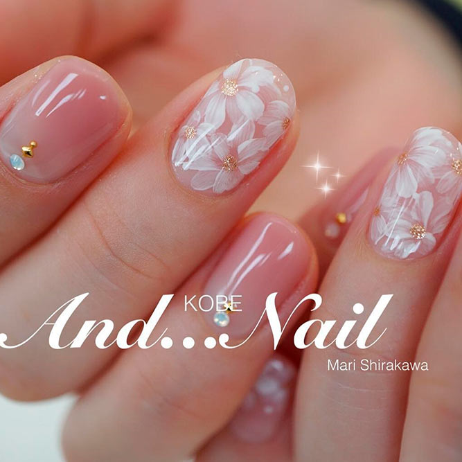 Amazing Pink and Gold Nails Designs picture 2 - 21 Chic Pink And Gold Nails Designs NailDesignsJournal.com