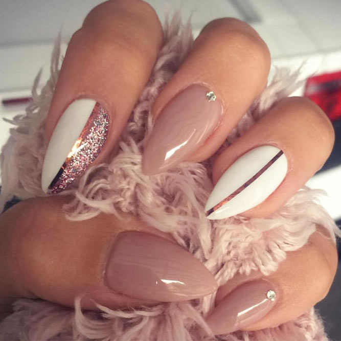 Pink Stiletto Nails and You Will Be Girly to the Core picture 1