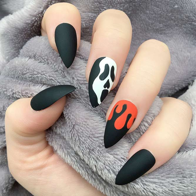 33 Perfectly Fun Halloween Nail Designs | NailDesignsJournal