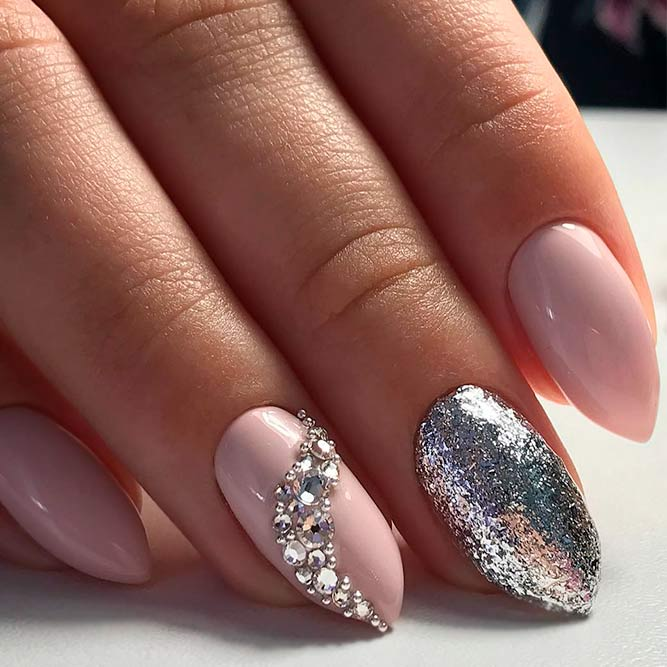 Best Ideas for Nude Nails with Rhinestones picture 2