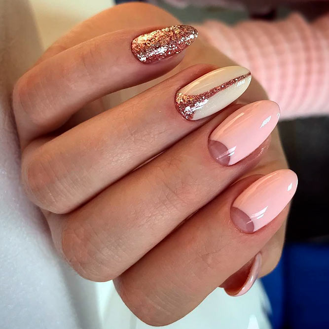Nude Nails with Glitter for Every Day picture 3