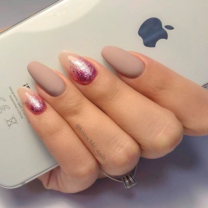 Nude Nails With Pink Color Of Glitter