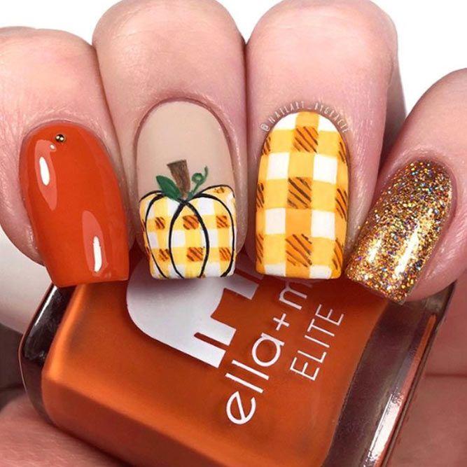 Fall Nails Design With Pumpkin