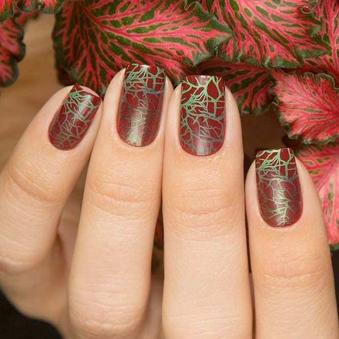 Nail Art with Leaves picture 3