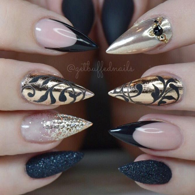 Black and Gold Luxurious Stilettos Nails picture 1