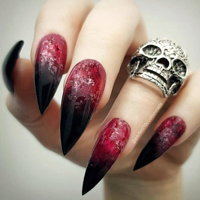 Red And Black Ombre Nails For Sexy Looks #rednails #ombrenails