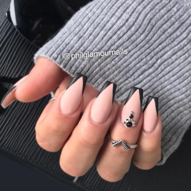 Coffin Nails with Triangular Tips picture 2