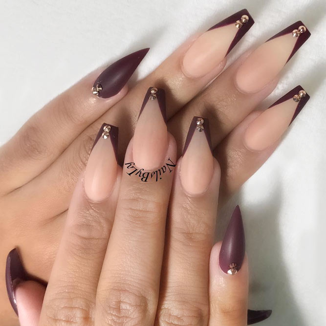 Coffin Nails with Triangular Tips picture 3