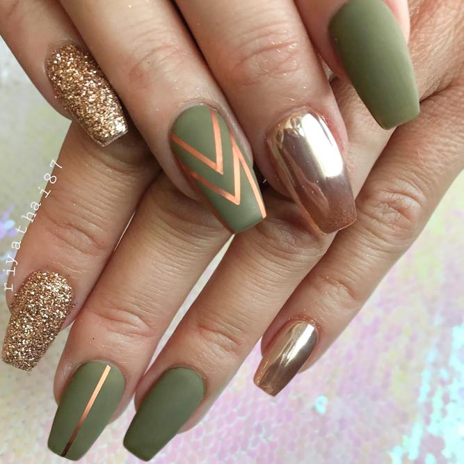 Marsh Green Mani for Cold Seasons picture 1
