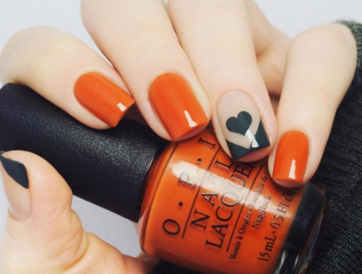 Trendy Manicure in Fall Nail Colors Inspired by Pantone