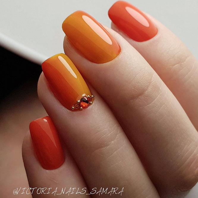 Autumn Maple Is the Most Distinctive Among Fall Nail Colors picture 2