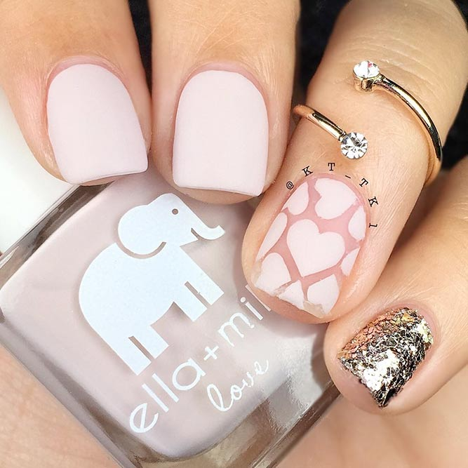 Elegant Ideas for Light Pink Nails picture 1