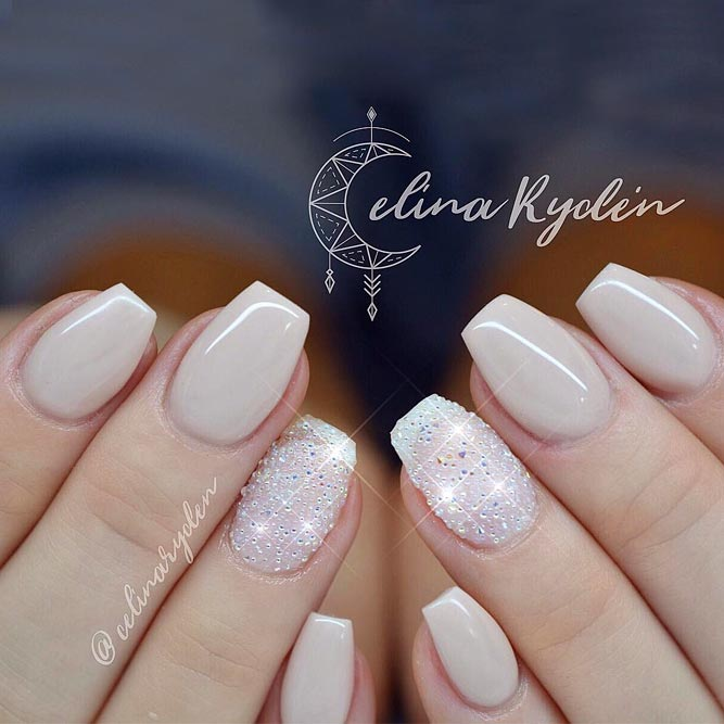 Natural Short Coffin Nails For A Wedding Look