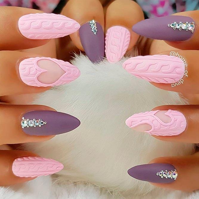Lovly Knited Nail Art #texturednails #mattenails #rhinestonesnails