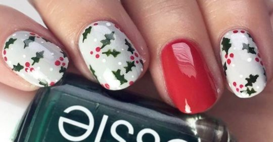 Nail designs and nail art tips tricks naildesignsjournal 10 charming christmas nail art ideas youll adore prinsesfo Image collections