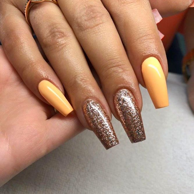 Beauty Glitter Accent Nail Designs