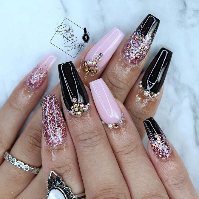 30 Coffin Nail Designs You\'ll Want to Wear Right Now