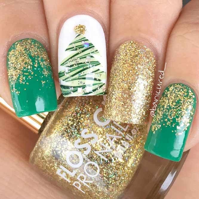 Nail Designs with a Christmas Symbol picture 3