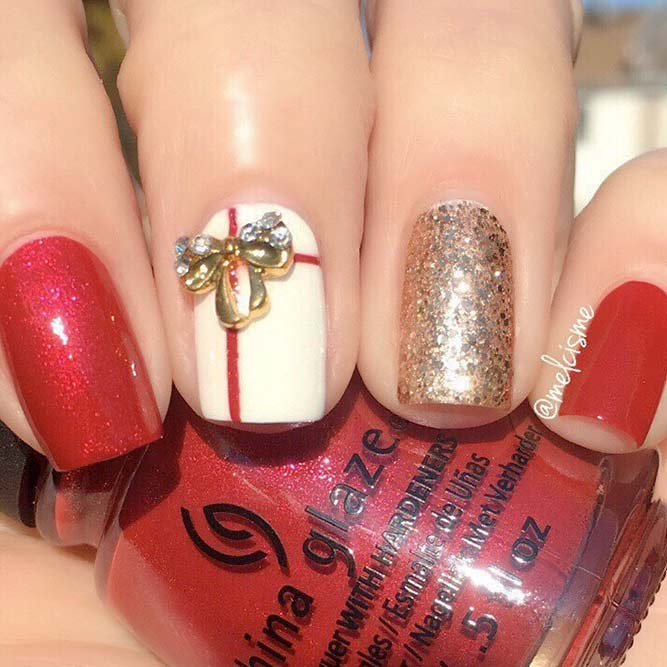 Holiday Nails with Presents picture 3