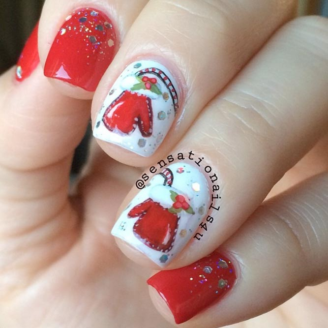 Christmas Nails with Holly Berries picture 2