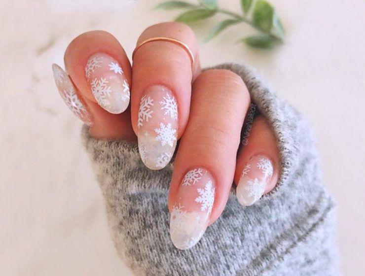 Best Tutorials on Snowflake Nails Designs