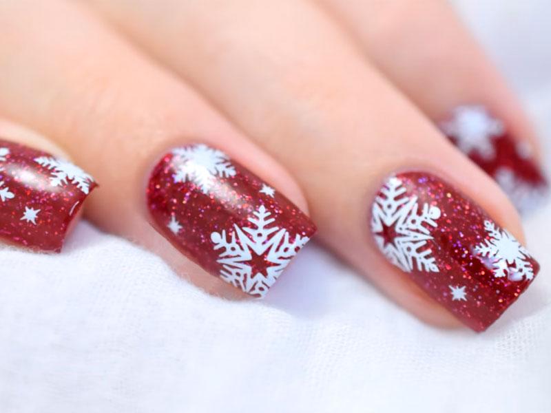 10 Easy Tutorials On Snowflake Nails Art   NailDesignsJournal