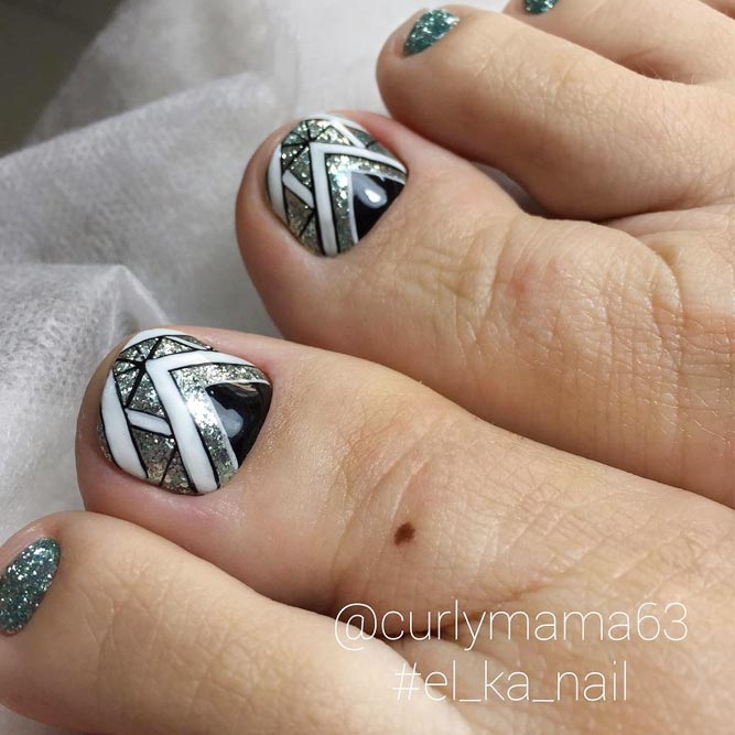 Tribal Toe Nails to Complete Your Wild Look picture 1