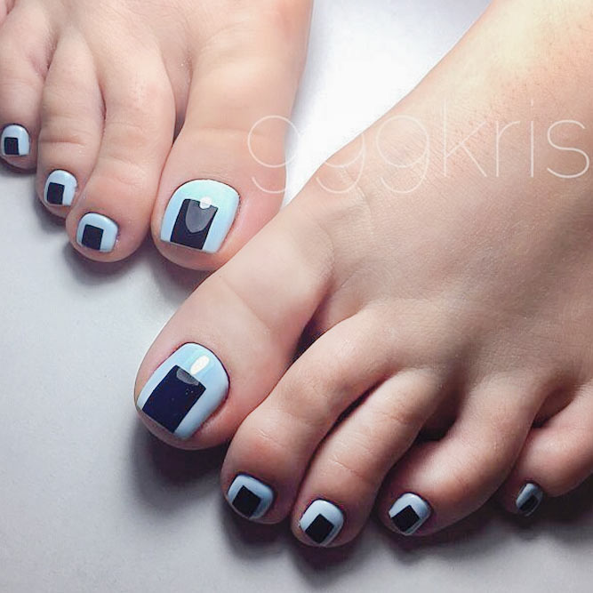 21 fun toe nail designs to go crazy over naildesignsjournal cool nail toe designs with geometric prints picture 1 prinsesfo Images