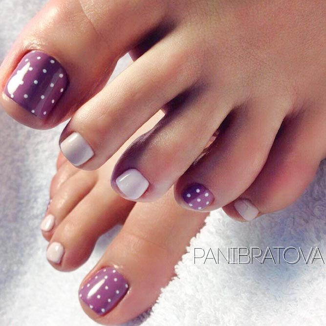 Charming Dotted Nail Designs For Toes