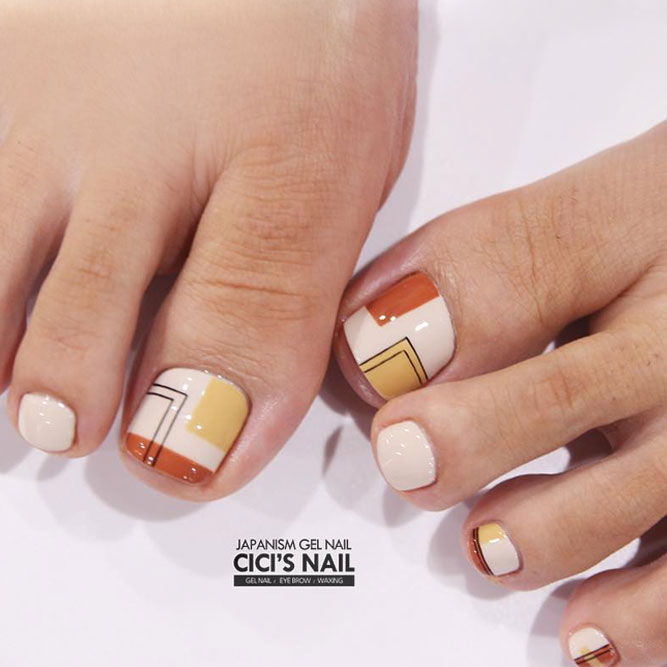 Cool Nail Toe Designs with Geometric Prints picture 3