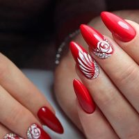 best hues for almond shaped nails  naildesignsjournal
