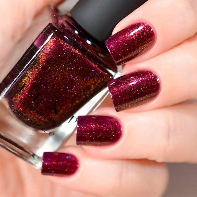 Holographic Burgundy Nails #holonails #burgundynails