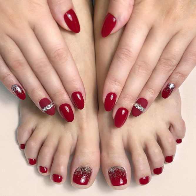 Toe Designs With Shiny Accents picture 2
