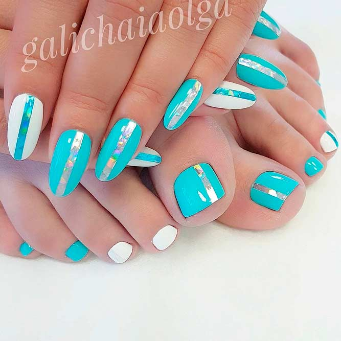 Bright Blue Nails #foilnails #bluenails